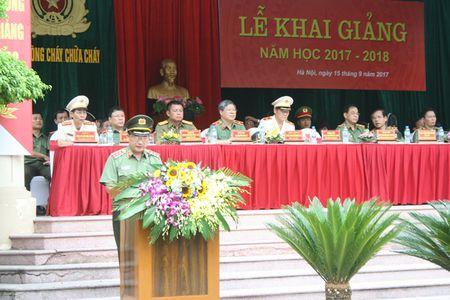Dai hoc Phong chay chua chay khai giang nam hoc moi - Anh 2