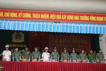 Dai hoc Phong chay chua chay khai giang nam hoc moi - Anh 3