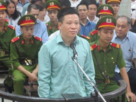 Ha Van Tham co giup Nguyen Xuan Son chiem doat tien cua minh? - Anh 2