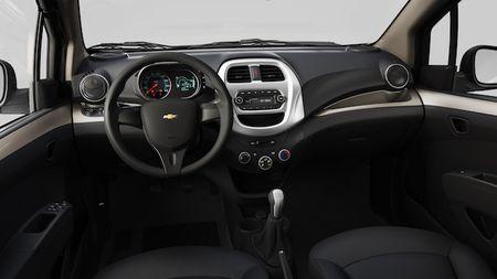 Chevrolet Spark 2018 co gia tu 299 trieu dong tai Viet Nam - Anh 5