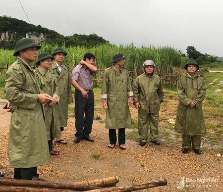 Pho Bi thu tinh uy Nguyen Van Thong kiem tra cac diem ach yeu tai Quy Hop - Anh 1