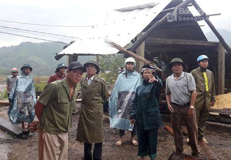 Pho Bi thu tinh uy Nguyen Van Thong kiem tra cac diem ach yeu tai Quy Hop - Anh 4