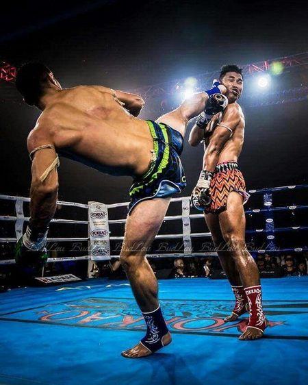 'Trum' Muay Thai bi ha knock-out boi cu da dep nhat nam - Anh 2