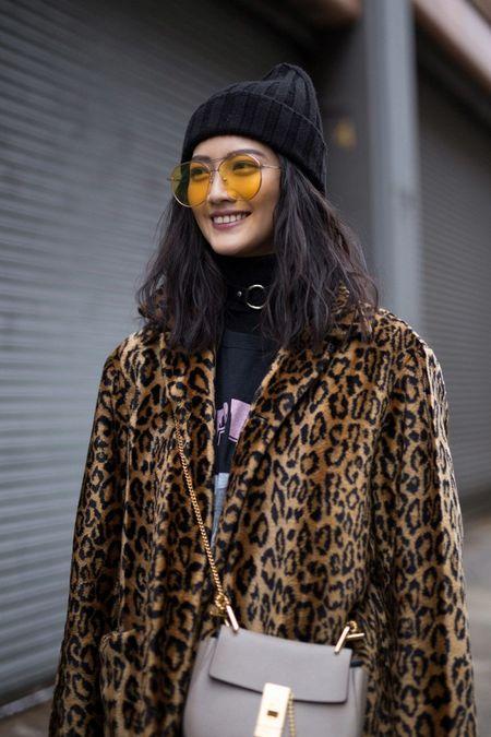 NYFW 2017: Da sac va sang chanh tu runway den streetwear - Anh 1