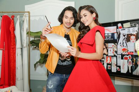 Sau hai mua The Face, Minh Tu - Pham Huong chinh thuc 'mat doi mat'! - Anh 1