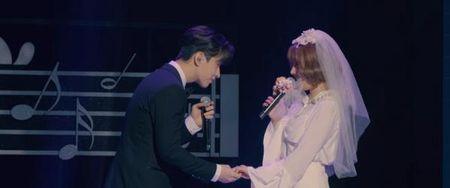 Henry - Sunny hoa co dau chu re song ca cuc ngot tren san khau 'U&I' - Anh 1