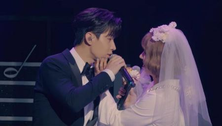 Henry - Sunny hoa co dau chu re song ca cuc ngot tren san khau 'U&I' - Anh 5