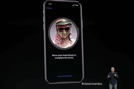 Cuoi ra nuoc mat vi iPhone X 'bat luc' truoc ninja Viet - Anh 5