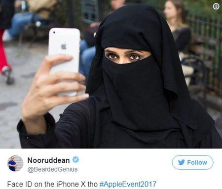 Cuoi ra nuoc mat vi iPhone X 'bat luc' truoc ninja Viet - Anh 6