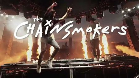 Xin nhu show The Chainsmokers ma van co nhung hat san to dung! - Anh 19