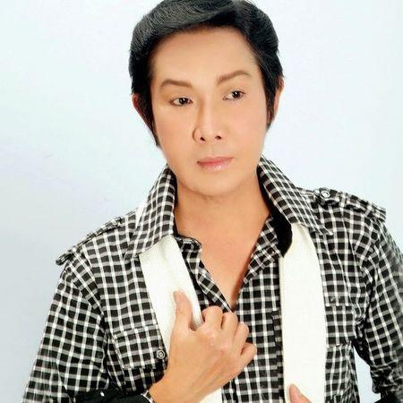 Lam Khanh Chi lan dau tiet lo danh tinh cha nuoi la nghe si noi tieng nhat nhi gioi san khau - Anh 2