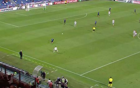 Rooney va dong doi thua 'tam phuc khau phuc' tren dat Italy - Anh 7