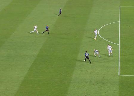 Rooney va dong doi thua 'tam phuc khau phuc' tren dat Italy - Anh 8