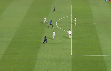 Rooney va dong doi thua 'tam phuc khau phuc' tren dat Italy - Anh 9