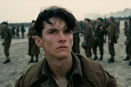 Bom tan chien tranh 'Dunkirk' can moc nua ty USD - Anh 1