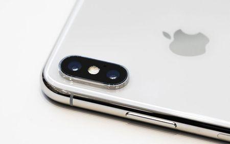 Nen mua iPhone X hay iPhone 8/8 Plus? - Anh 3