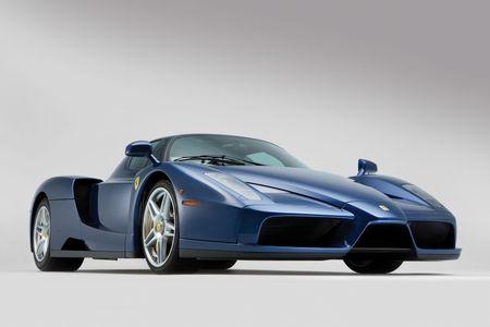 Sieu xe Ferrari Enzo 'hang co' van duoc ban voi gia trieu do - Anh 5