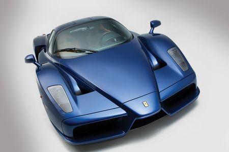 Sieu xe Ferrari Enzo 'hang co' van duoc ban voi gia trieu do - Anh 9