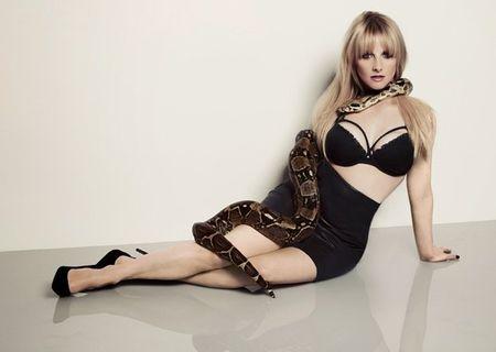 3 vong sexy khong the cuong lai cua Melissa Rauch - Anh 9