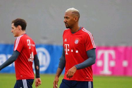 Neuer hoa 'nguoi nhen' trong buoi tap moi nhat cua Bayern - Anh 4