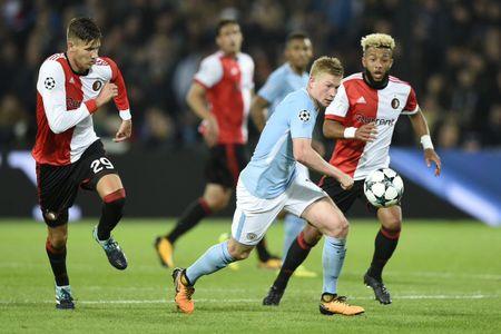 Sao Man City: Toi dang bi Guardiola 'choi chieu' - Anh 1