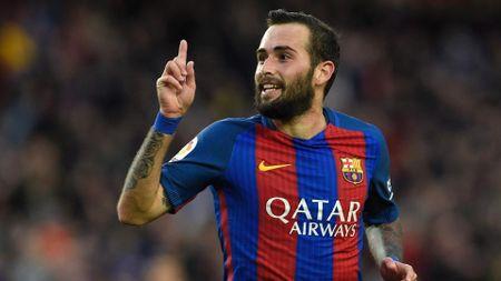 Conti nghi dai han, Milan nham ngay nguoi cua Barcelona - Anh 1