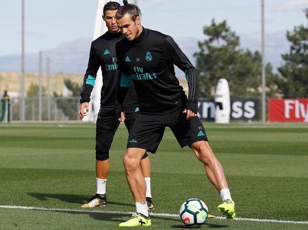 Bale tap luyen cat luc, quyet dep tan chi trich - Anh 2