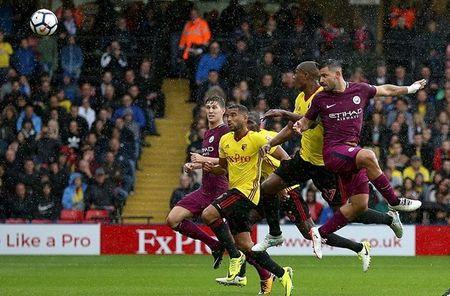 Watford 0-6 Manchester City: Goi ten ki luc gia Aguero - Anh 1