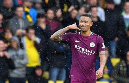 Watford 0-6 Manchester City: Goi ten ki luc gia Aguero - Anh 3