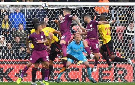 Watford 0-6 Manchester City: Goi ten ki luc gia Aguero - Anh 4