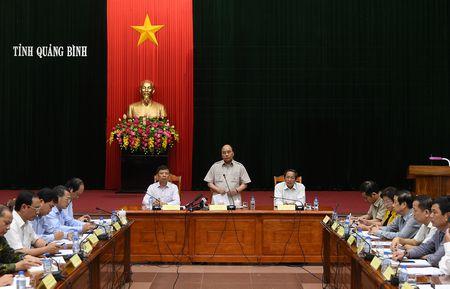 Thu tuong chi dao khac phuc hau qua bao tai Quang Binh, Ha Tinh - Anh 4