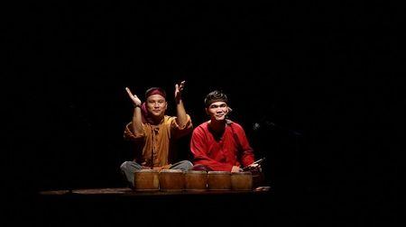 Khan gia xuc dong voi show dien am nhac dan gian 'Tam hon lang Viet' - Anh 2