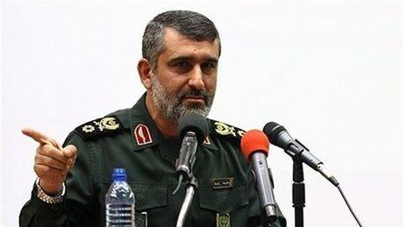 Iran co 'cha cua cac loai bom' manh hon bom My - Anh 1