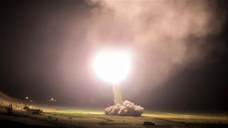 Iran co 'cha cua cac loai bom' manh hon bom My - Anh 2