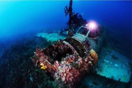Abandoned Wrecks: Nhung dong do nat bi lang quen - Anh 4