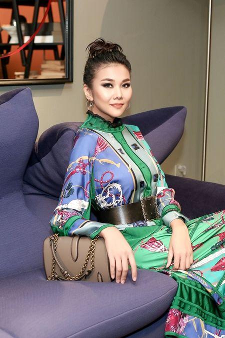 Thanh Hang dien nguyen cay hang hieu chat 'lac mat' - Anh 3