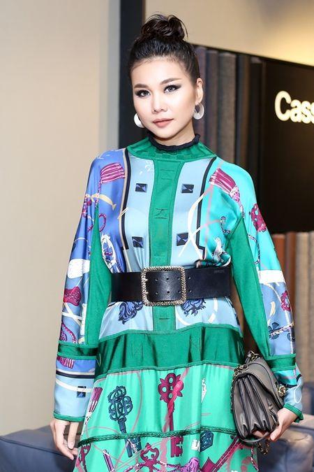 Thanh Hang dien nguyen cay hang hieu chat 'lac mat' - Anh 6