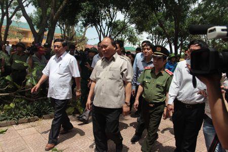 Sau sieu bao, Thu tuong chi dao Nghe An vao cuoc quyet liet giup dan - Anh 1
