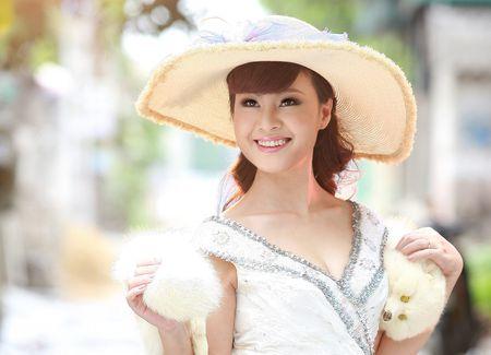 Ca si Dang Duong: Moi tinh 'tieu thuyet', bi mat thuo han vi va liveshow dau tien sau 22 nam di hat - Anh 2