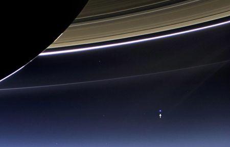 Nhung buc anh chup sao Moc cua tau vu tru Cassini, truoc khi ket thuc su menh - Anh 11