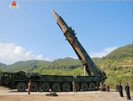 Lanh dao Trieu Tien Kim Jong-un tuyen bo sap hoan thanh chuong trinh hat nhan - Anh 1