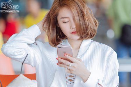 Ai tinh khac khoai, Linh Chi chon cach ra nuoc ngoai don sinh nhat trong don coi - Anh 5