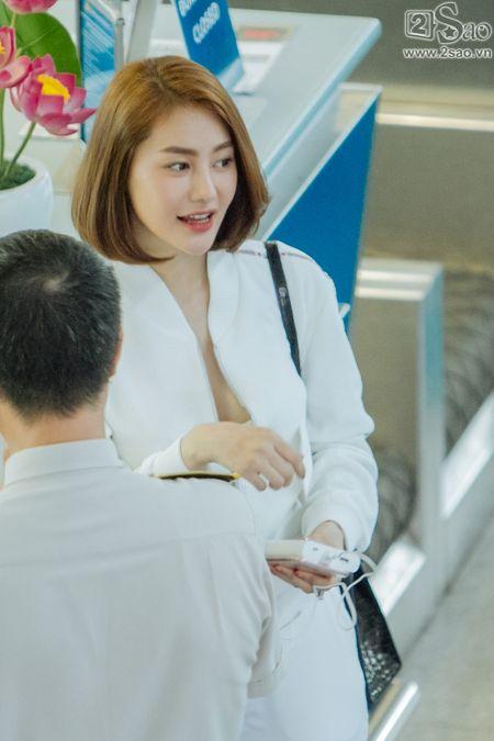Ai tinh khac khoai, Linh Chi chon cach ra nuoc ngoai don sinh nhat trong don coi - Anh 9