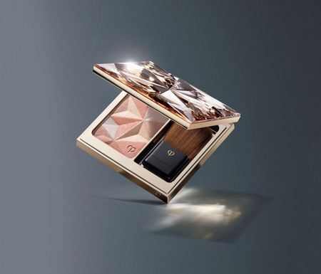Can canh hu kem nen dat nhat the gioi: The Foundation cua Cle de Peau Beaute - Anh 2