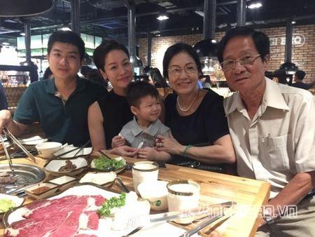 Co con dau ngoan hien the nay, de gi bo me chong Nhat Kim Anh dong y cho con trai ly hon - Anh 11