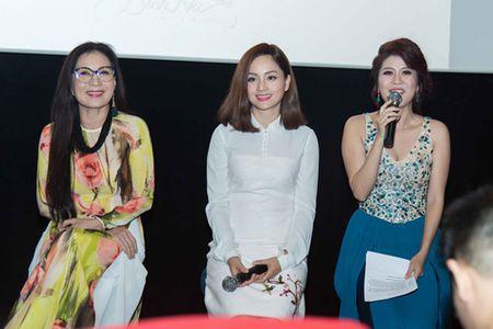 NSUT Kim Xuan vui ve 'gheo' con dau Thanh Phuong - Anh 2