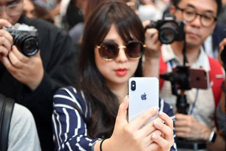 Nhung tinh nang iPhone X sao chep tu dien thoai Android - Anh 1