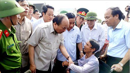 Thu tuong Nguyen Xuan Phuc: 'Khong duoc de nhan dan doi com, song man troi chieu dat' - Anh 1