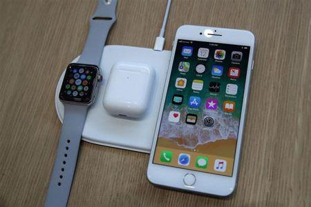 Cach chon bo sac khong day cho iPhone 8 hoac iPhone X - Anh 1