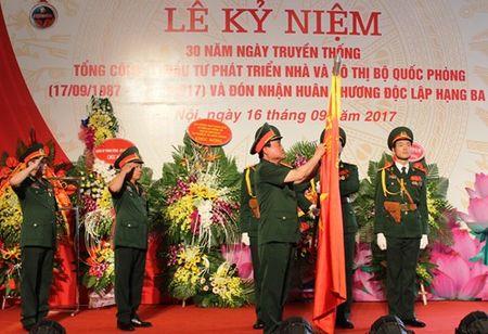Tong Cong ty Dau tu phat trien nha va Do thi Bo Quoc phong don nhan Huan chuong Doc lap hang Ba - Anh 1